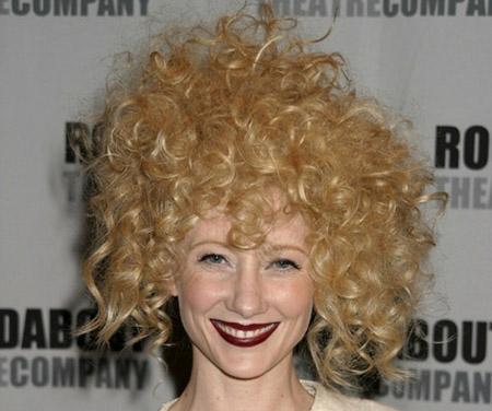 El nuevo peinado de Anne Heche