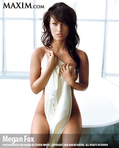megan fox realiz una sesi n de fotos desnuda y con ropa interior