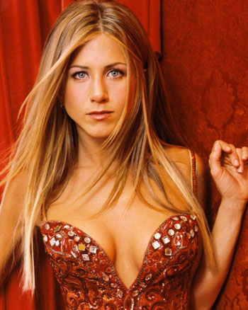 jennifer-aniston-recibe-los-40-01