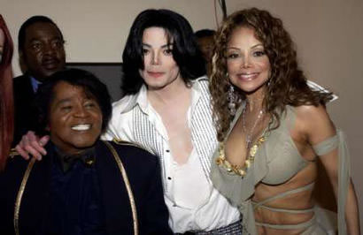 michael-jackson-james-brown-y-latoya
