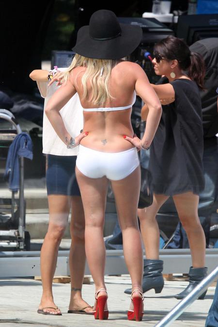 Britney Spears en bikini luciendo su nuevo cuerpo 03