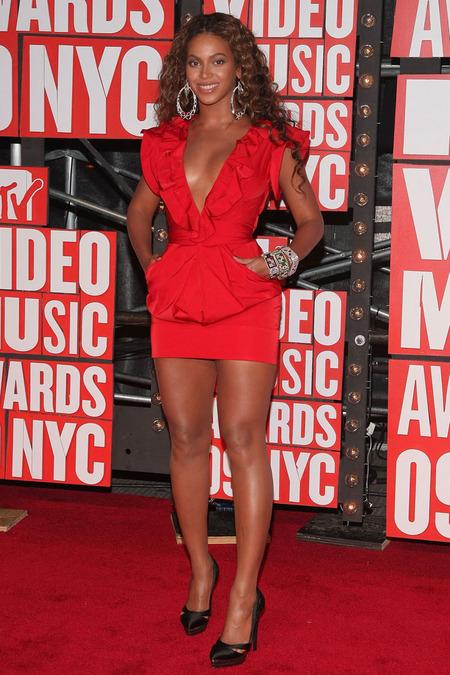 Beyoncé, la gran ganadora de los VMAs 2009 y un ejemplo 07