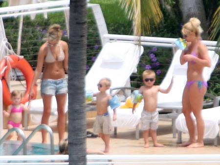 Britney y Jaime Lynn Spears juntas 07