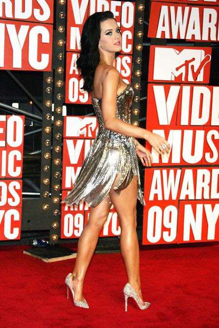 El look de Katy Perry para los VMAs 2009 04