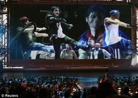 el-tributo-al-rey-del-pop-en-los-vmas-2009-06