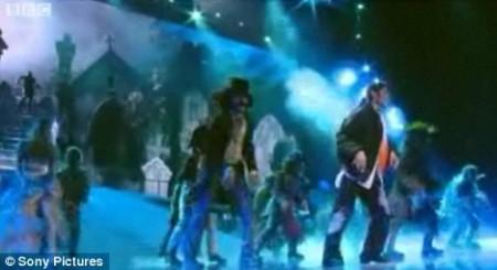 el-tributo-al-rey-del-pop-en-los-vmas-2009-07