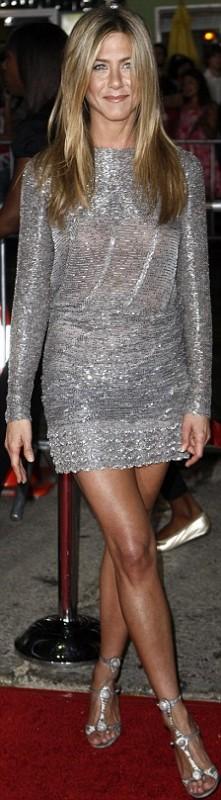 Jennifer Aniston brilló en la alfombra roja 04