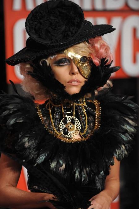 los-looks-de-lady-gaga-para-los-vmas-2009-06