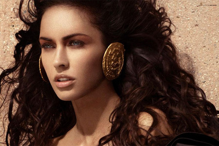 megan-fox-infartante-para-la-revista-wonderland-04