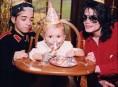 imagen Omer Bhatti hará de Michael Jackson