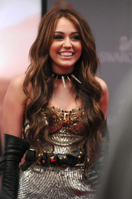 miley-cirus-sorprendente-participacion-en-sex-and-the-city-2-02