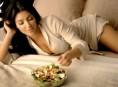 imagen Kim Kardashian hace que la ensalada parezca sexy
