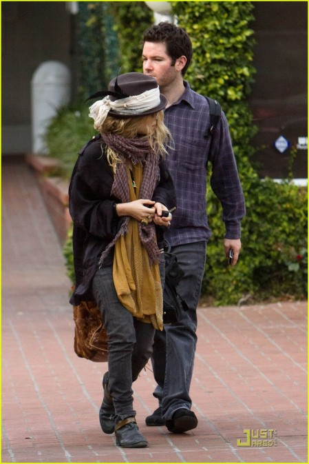 mary-kate-olsen-adora-ir-de-shopping-01