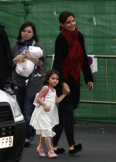 suri-cruise-y-su-look-flamenco-08