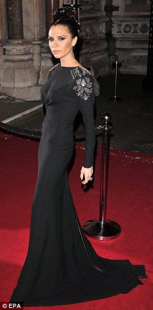 victoria-beckham-kate-moss-destacadas-british-fashion-awards-02