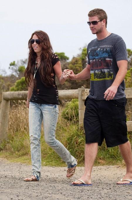 Miley Cyrus y Liam Hemsworth juntos en Australia-06