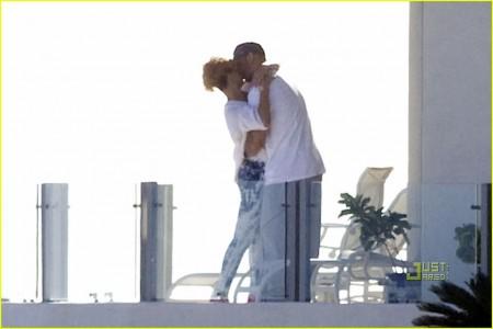 Rihanna con nuevo amor-11