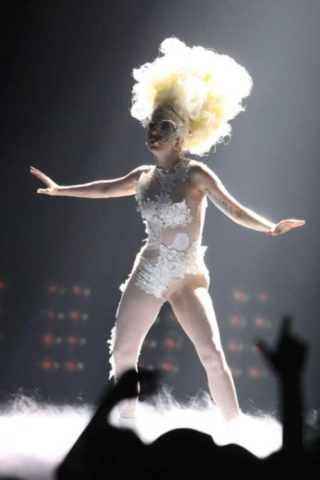 Lady GaGa fue la gran ganadora de los Brit Awards-02
