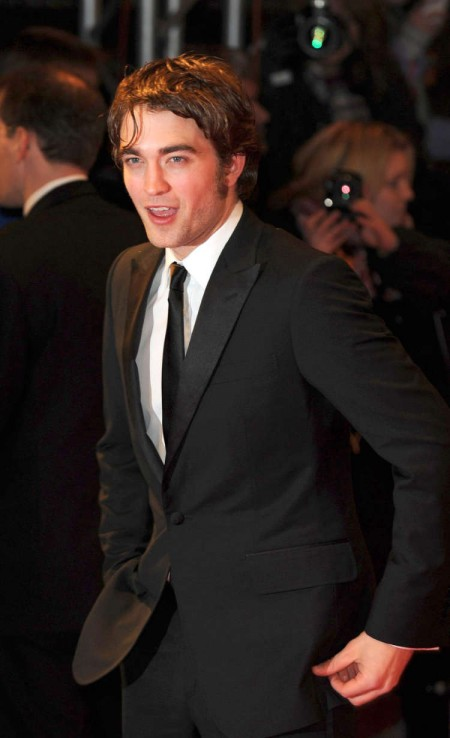 Robert Pattinson en los BAFTAs2