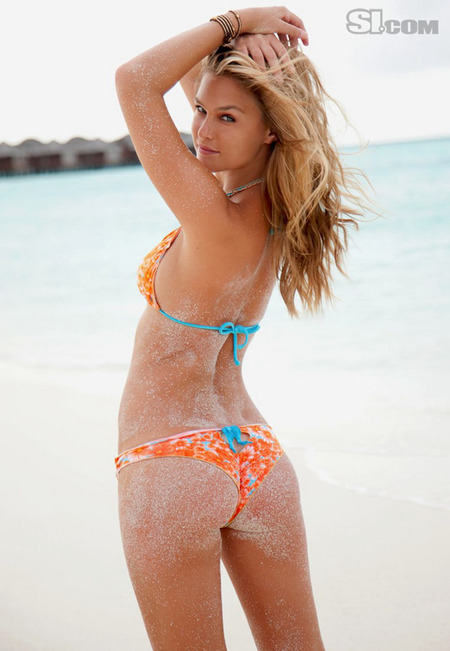 gallery_main-0210_bar_refaeli_si2010_19