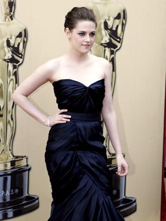 Kristen Stewart by Monique Lhuillier 2
