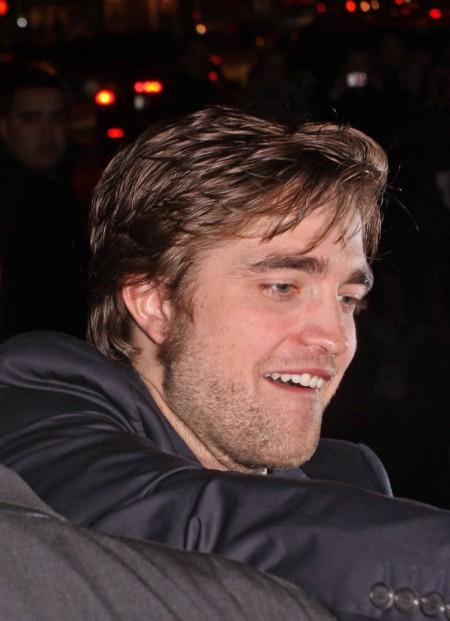 Robert Pattinson mimó un poco a sus fans 1