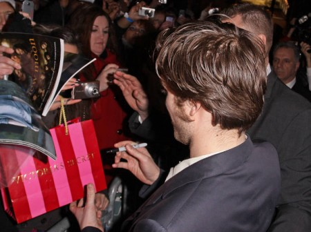Robert Pattinson mimó un poco a sus fans 5