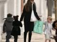 imagen Discuten el instinto maternal de Angelina Jolie