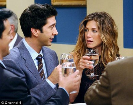 jennifer-aniston-pelea-compañero-friends-01