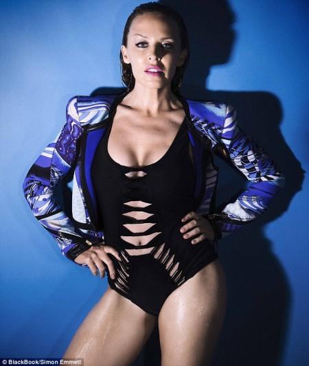 Kylie Minogue infartante-04
