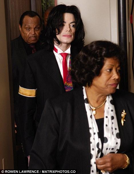 Los padres del Michael Jackson se separan1
