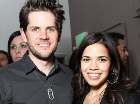 America Ferrera se casó con Ryan Piers Williams1