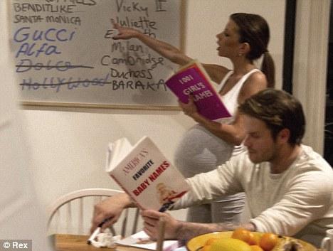 Victoria y David Beckham hacen gimnasia y buscan nombre2