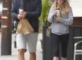 imagen Amanda Seyfried y Josh Harnett siguen de novios y felices