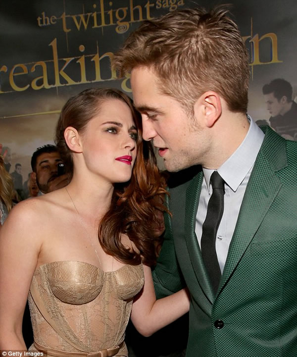 Kristen Stewart y Robert Pattinson 14