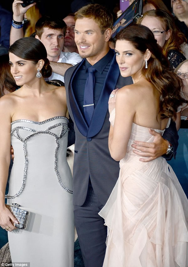 Kellan Lutz, Nikki Reed y Ashley Greene 2