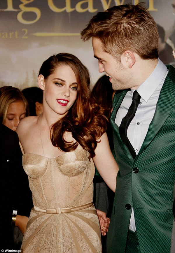 Kristen Stewart y Robert Pattinson 4