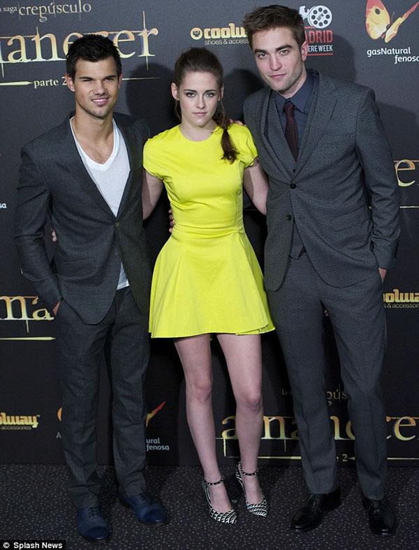 Kristen Stewart y Robert Pattinson juntos 1