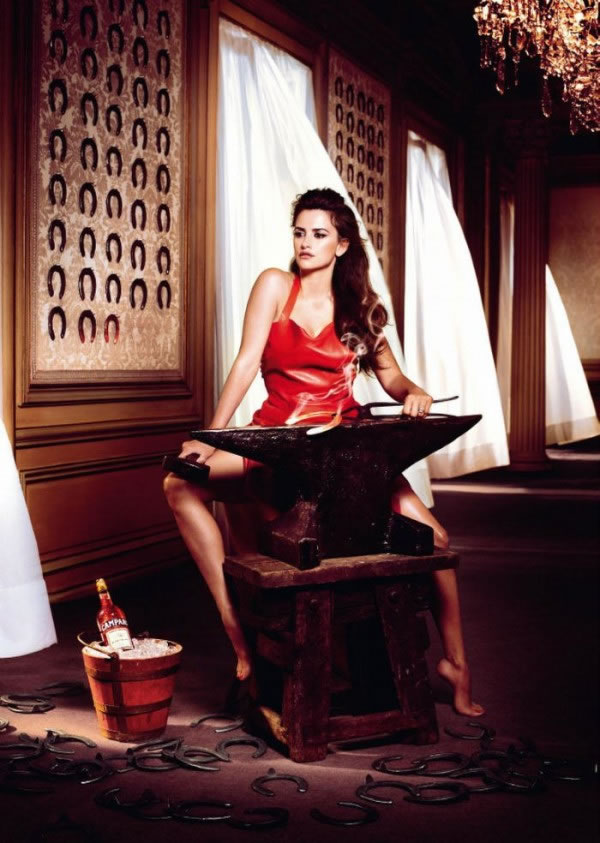 Penélope Cruz en el calendario Campari 2013 2