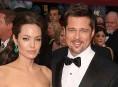 imagen Angelina Jolie y Brad Pitt tienen otra familia de siete en secreto