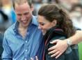 imagen Kate Middleton y Pippa Middleton de vacaciones junto a sus parejas