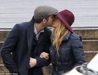 imagen El Sr. y la Sra. Reynolds enamorados en Paris